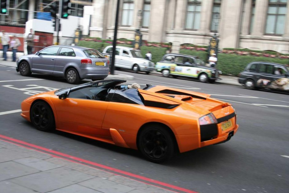 Lamborghini Murciélago Roadster in London