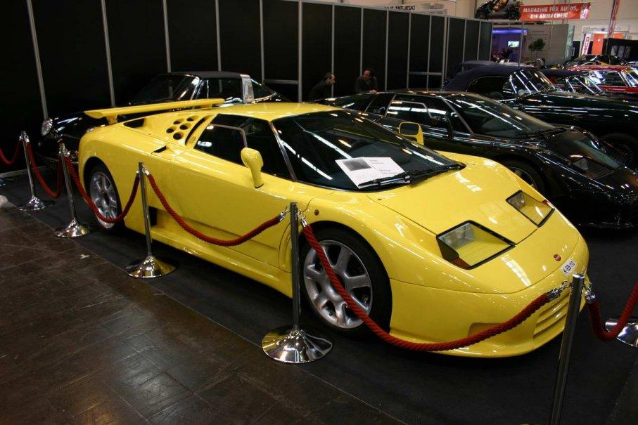 Bugatti EB110 SS auf der Techno Classica
