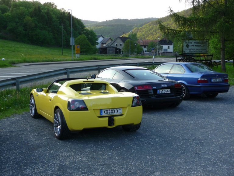 Muhvieh-Speedster & Streifen-R8 an der NoS