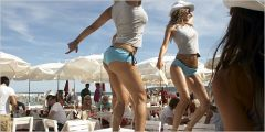 Party im Beachclub  Voile rouge