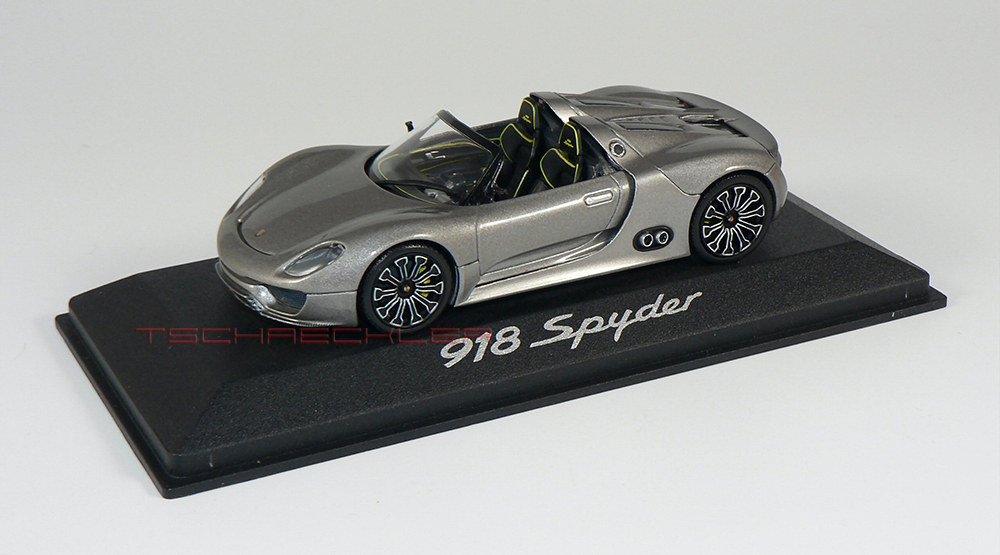 Porsche 918 Spyder Silber 2