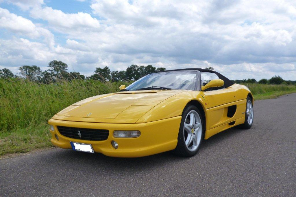 Ferrari F 355 Spider