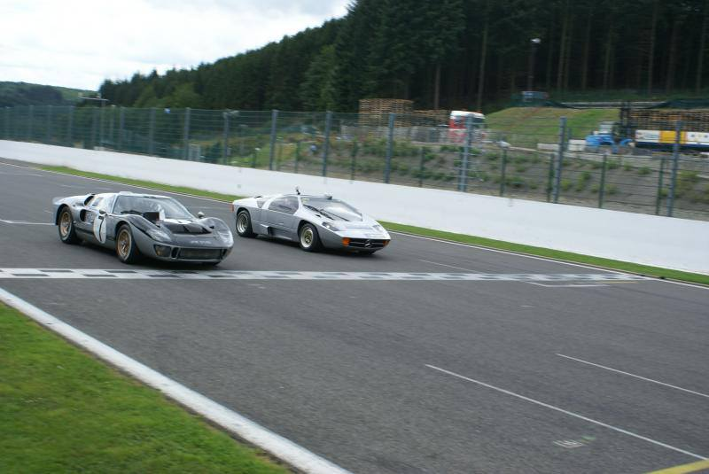 track & GT40