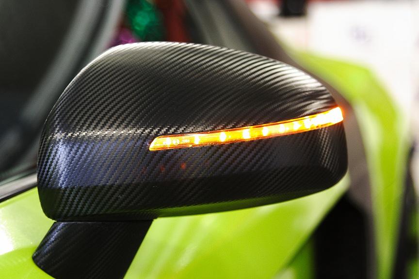 Audi R8 V8 u. V10 arbonspiegelkappen (2)