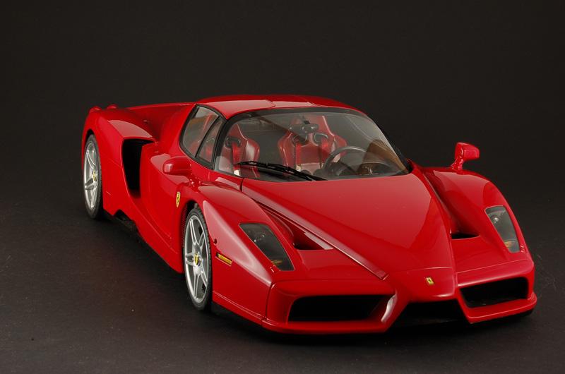 2002 04 Ferrari Enzo (1)