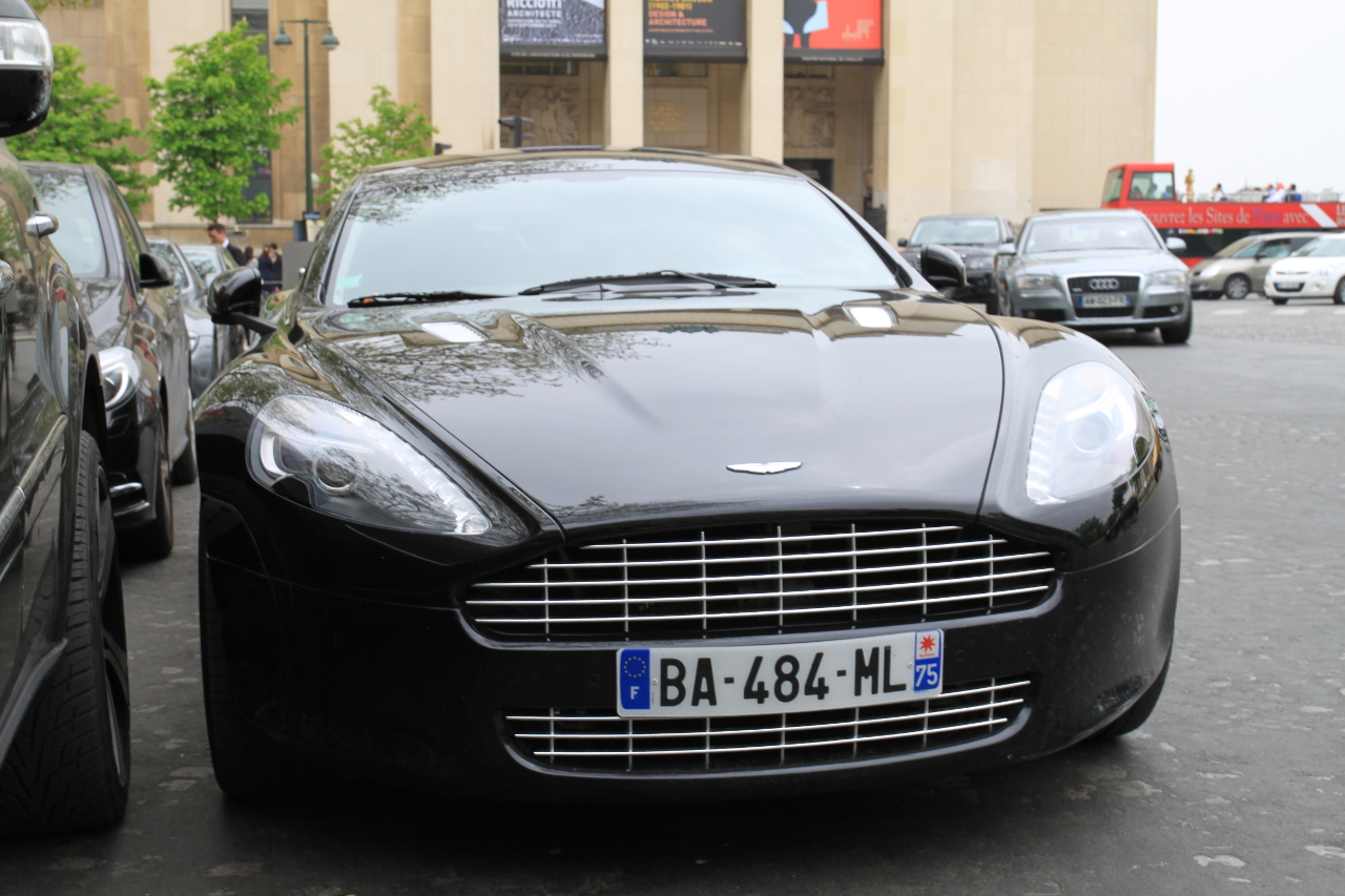 2013 paris   aston martin db9