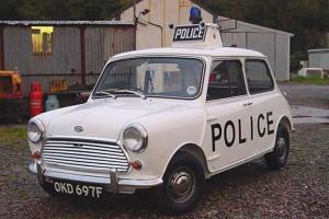 Polizei-Mini-729x486-4bc281b551314b49.jpg