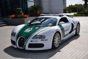 automotive-18_best_police_sport_cars_in_the_world_3.jpg