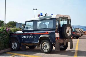 ranwhenparked-sardinia-land-rover-defend