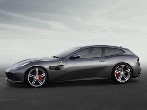 FerrariGTC4Lusso_3.thumb.jpg.689f8b0f67d