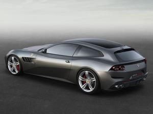 FerrariGTC4Lusso_4.thumb.jpg.fe862502d62