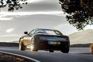 Aston-Martin-DB11-2016-1200x800-b37137ba09dd14a7.jpg