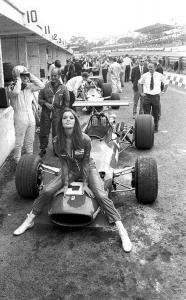 Ferrari F1 girl.jpg