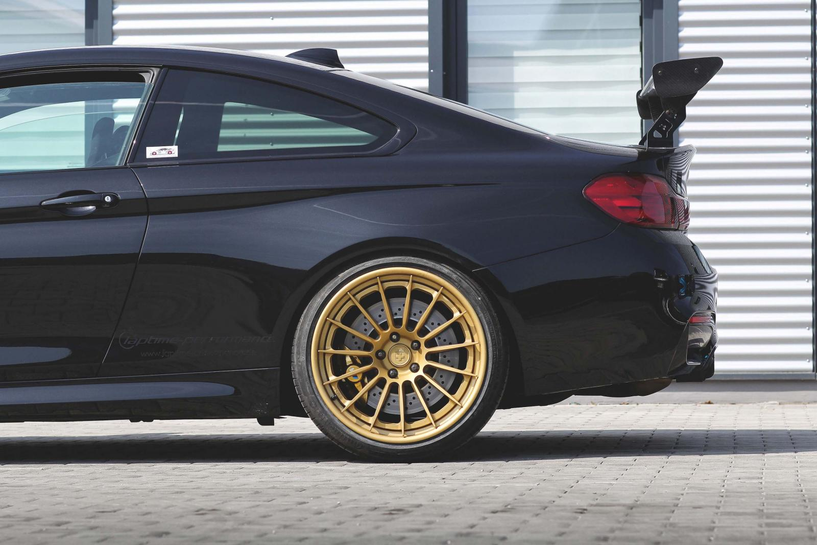 BMW M4 (mit RS103)