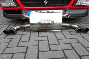 Ferraribilder zum 348er Treffen , x-ost Maranello Auspuff 019.JPG
