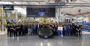 59310515ac8c7_LamborghiniHuracn8.000-1.thumb.jpg.ce9c708e51114fd7af0aec83ecf24d7c.jpg