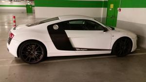 48_Audi R8.jpg