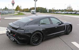 Porsche-Mission-E-Spy-Shots-21.thumb.jpg.2a98f3cee69bb0dce61f8491c7179a08.jpg
