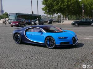 bugatti-chiron-c997623082017133549_1.jpg