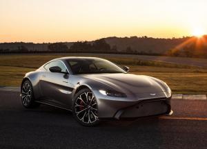 Aston_Martin-Vantage-2019-1600-01.thumb.jpg.780c5094f93dc49230d4c52ad2120d62.jpg