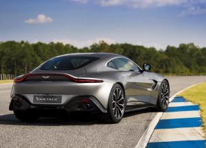 Aston_Martin-Vantage-2019-1600-0d.thumb.jpg.6f6295cd5168703e4bebfea51e8d27c1.jpg