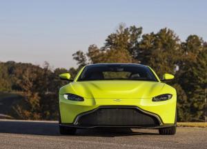 Aston_Martin-Vantage-2019-1600-14.thumb.jpg.d09316cc37887ae6457069ea7f880db6.jpg