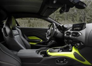 Aston_Martin-Vantage-2019-1600-1d.thumb.jpg.697c223e5998808a6a055e0c9c71e75b.jpg