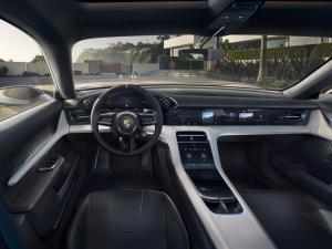 Porsche-Mission-E-Cross-Turismo-Concept-5.thumb.jpg.0e17ae197abe97ae549cfde51975a517.jpg