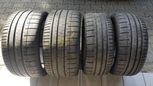 SATZ Pirelli PZero CORSA PZC4 MC in 245/35 ZR19 und 305/30 ZR20 // Demontage vom McLaren 720S Neuwagen