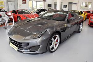 Ferrari Portofino AppleCarplay Magnaride