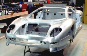 1992-jaguar-xj220-03.jpg