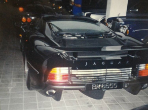 Jaguar XJ220 Brunei (2).PNG