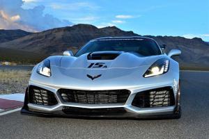 2019-corvette-zr1-ron-fellows-driving-school-001.jpg