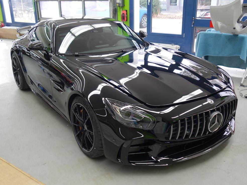 AMG GTR uni-schwarz
