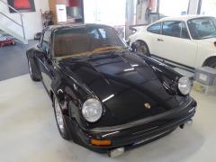 Porsche 930 uni-schwarz