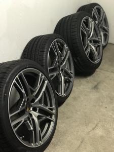 R8+ Felgen mit neuen Reifen