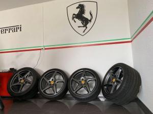 Original 20 Zoll Radsatz Ferrari 458