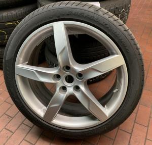 "4 Stk. Original Kompletträder für Ferrari California T, 19"" Pirelli P Zero"