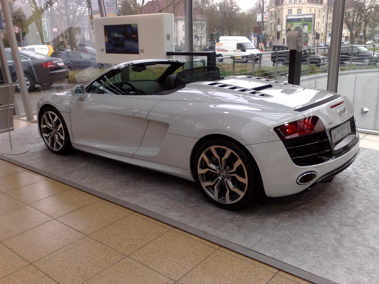 Garage von mecky s r8 spyder for Garage auto quad passion