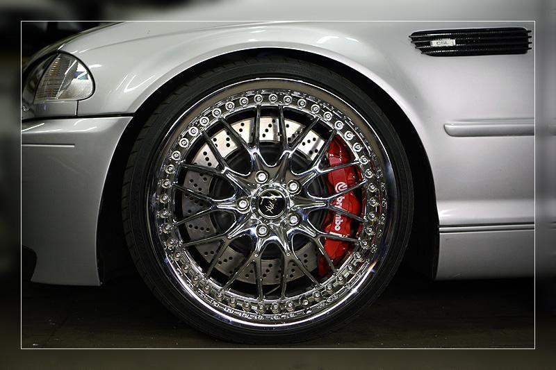 Garage von b46 bmw m3 e46 for Garage auto quad passion