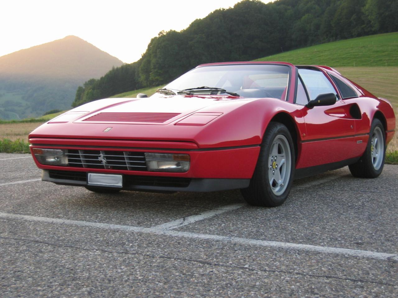 Fahrzeug bezeichnung ferrari 328 gts baujahr 1985 hersteller ferrari