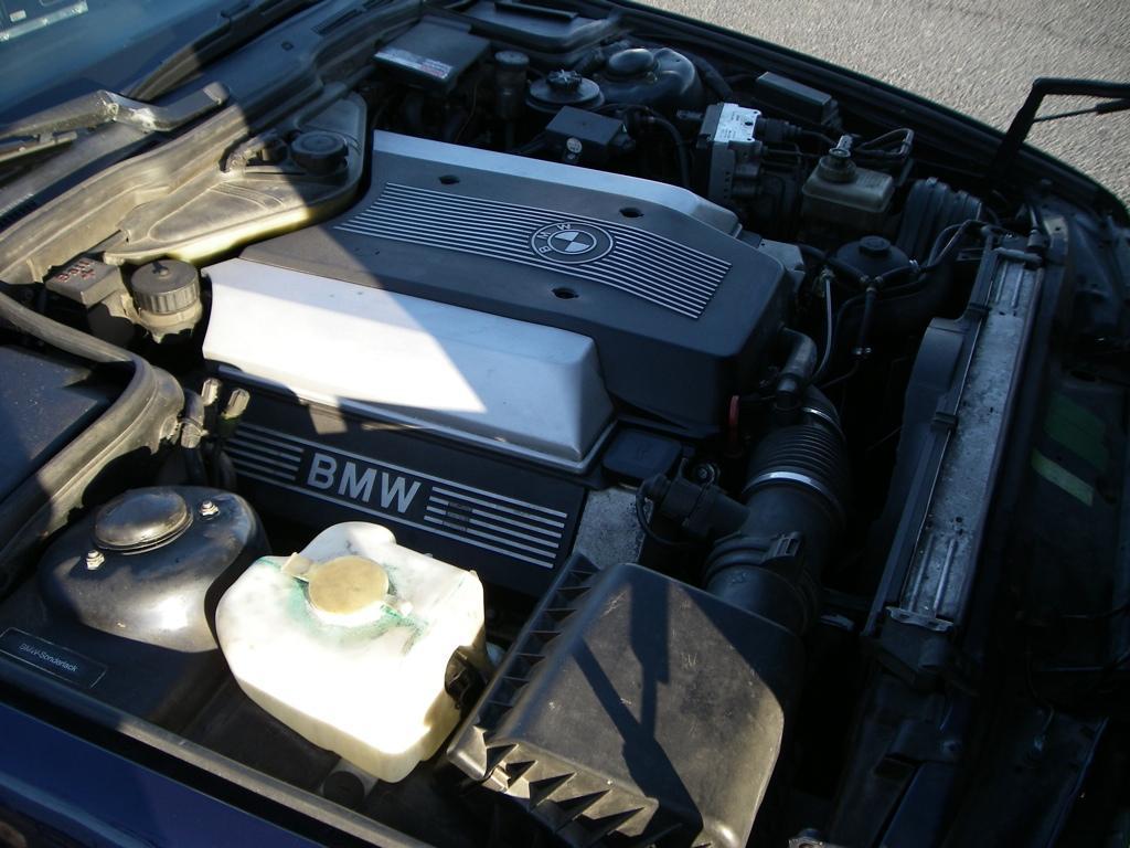 Garage von double p 540it6 for Garage auto quad passion