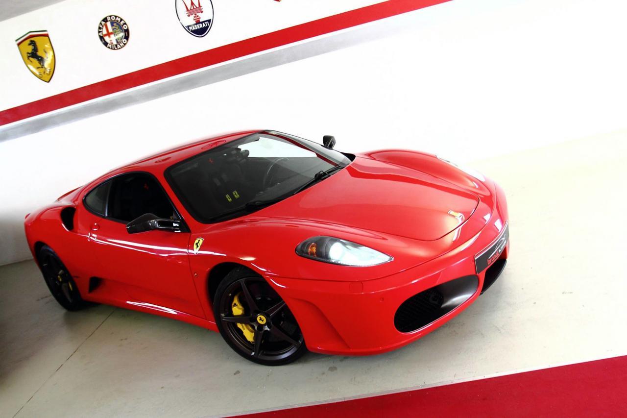 Garage von f1driver f430 f1 for Garage auto quad passion