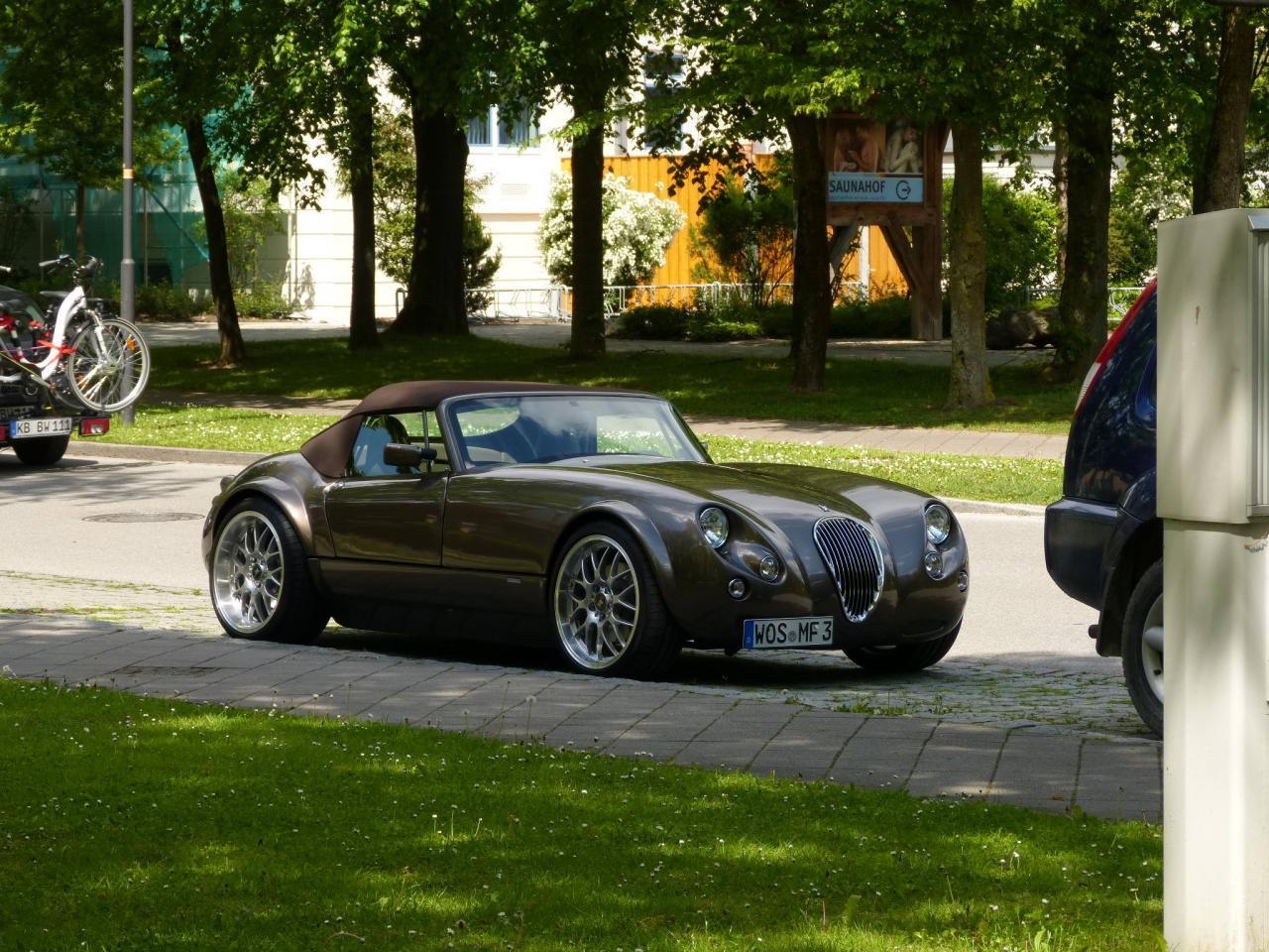 Garage von diffuser wiesmann mf3 for Garage auto quad passion